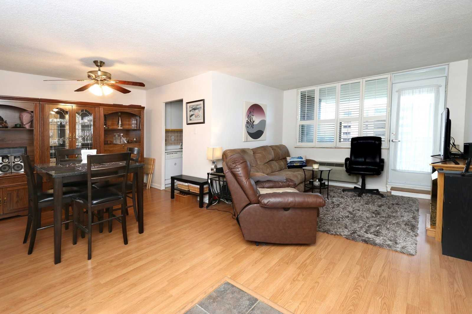 #810 - 966 Inverhouse Dr, Mississauga W4569240