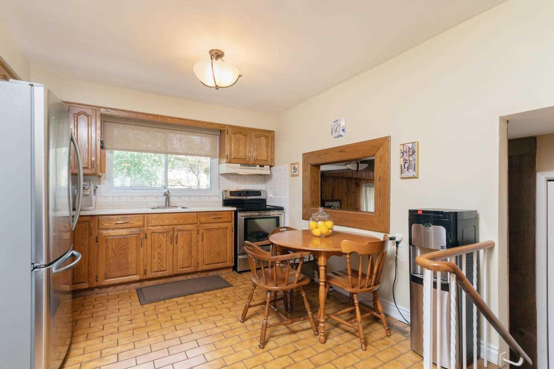 66 Pennington Cres, Halton Hills W4571135