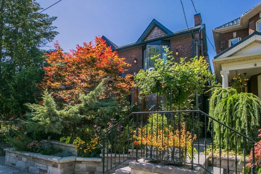 498 Willard Ave, Toronto W4571405