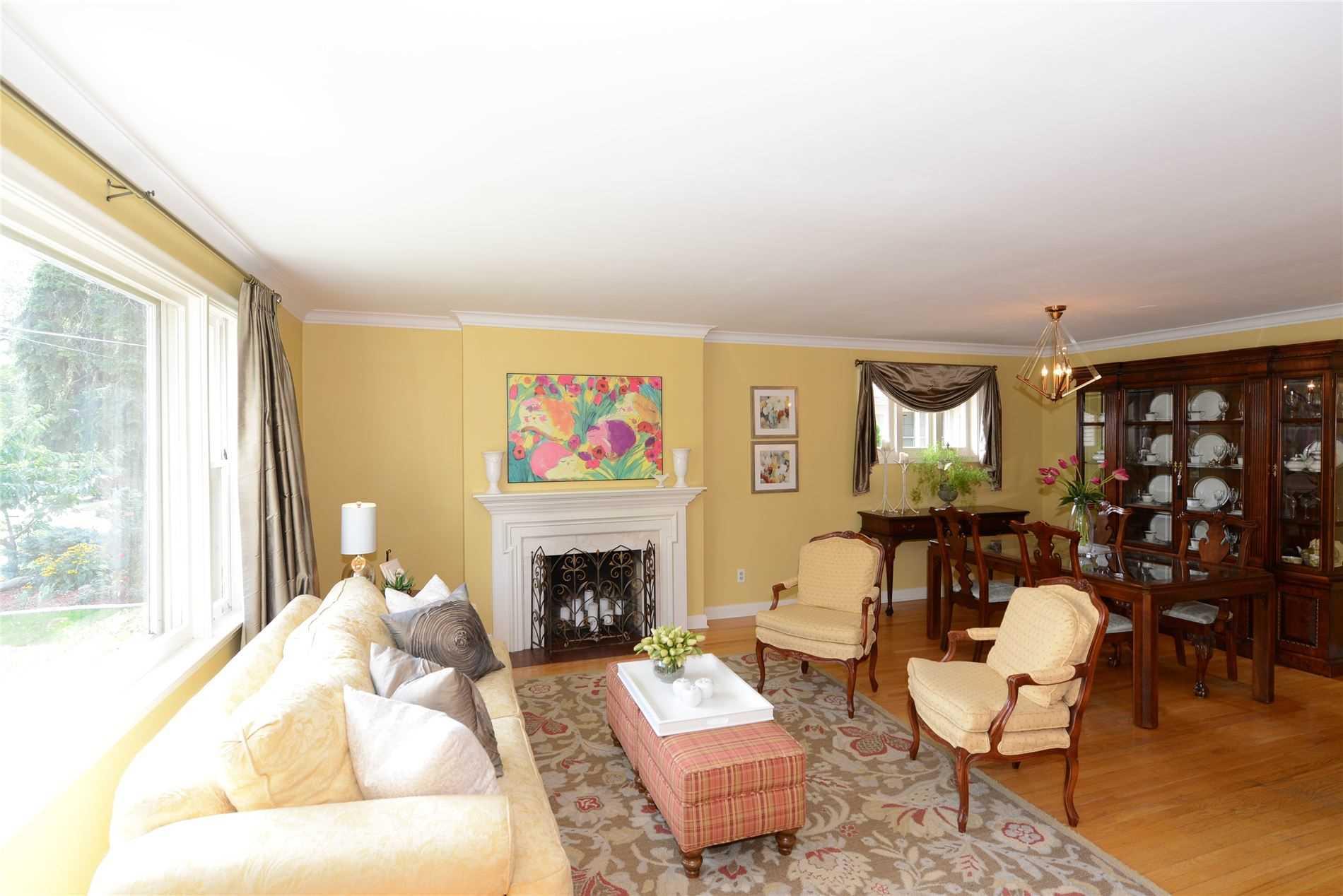 30 Lloyd Manor Rd, Toronto W4571406