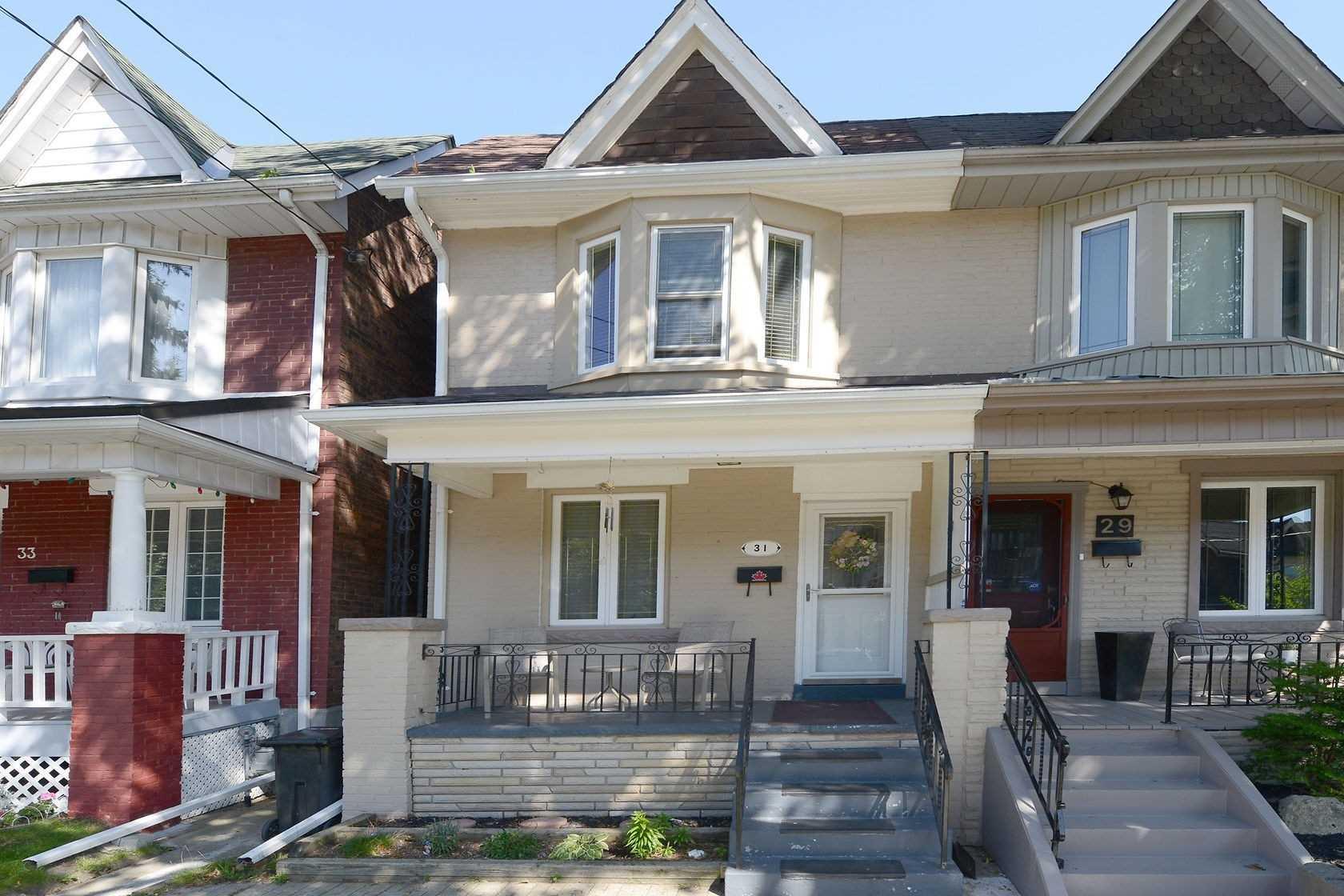 31 Mapleview Ave, Toronto W4571802
