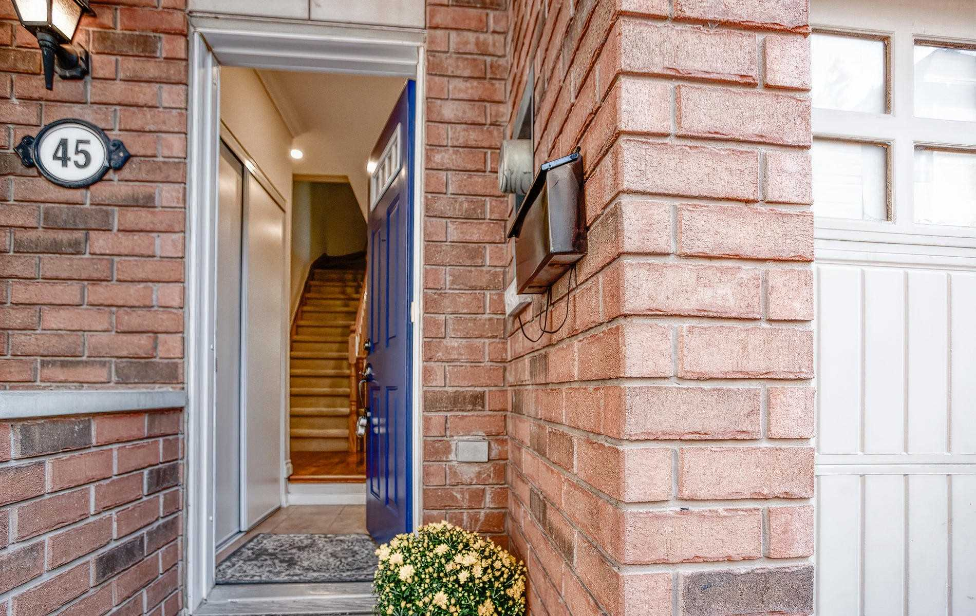 45 Elphick Lane, Toronto W4572444