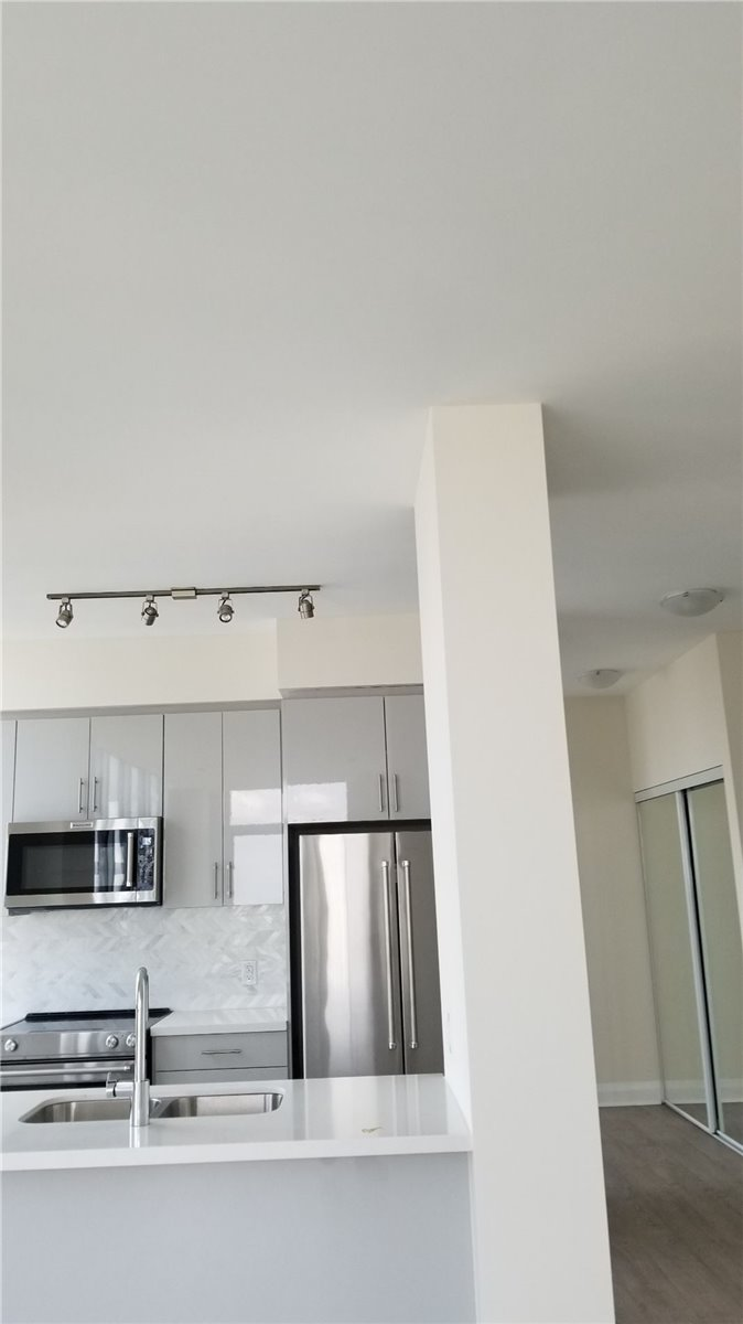 #2316 - 5033 Four Springs Ave, Mississauga W4574082