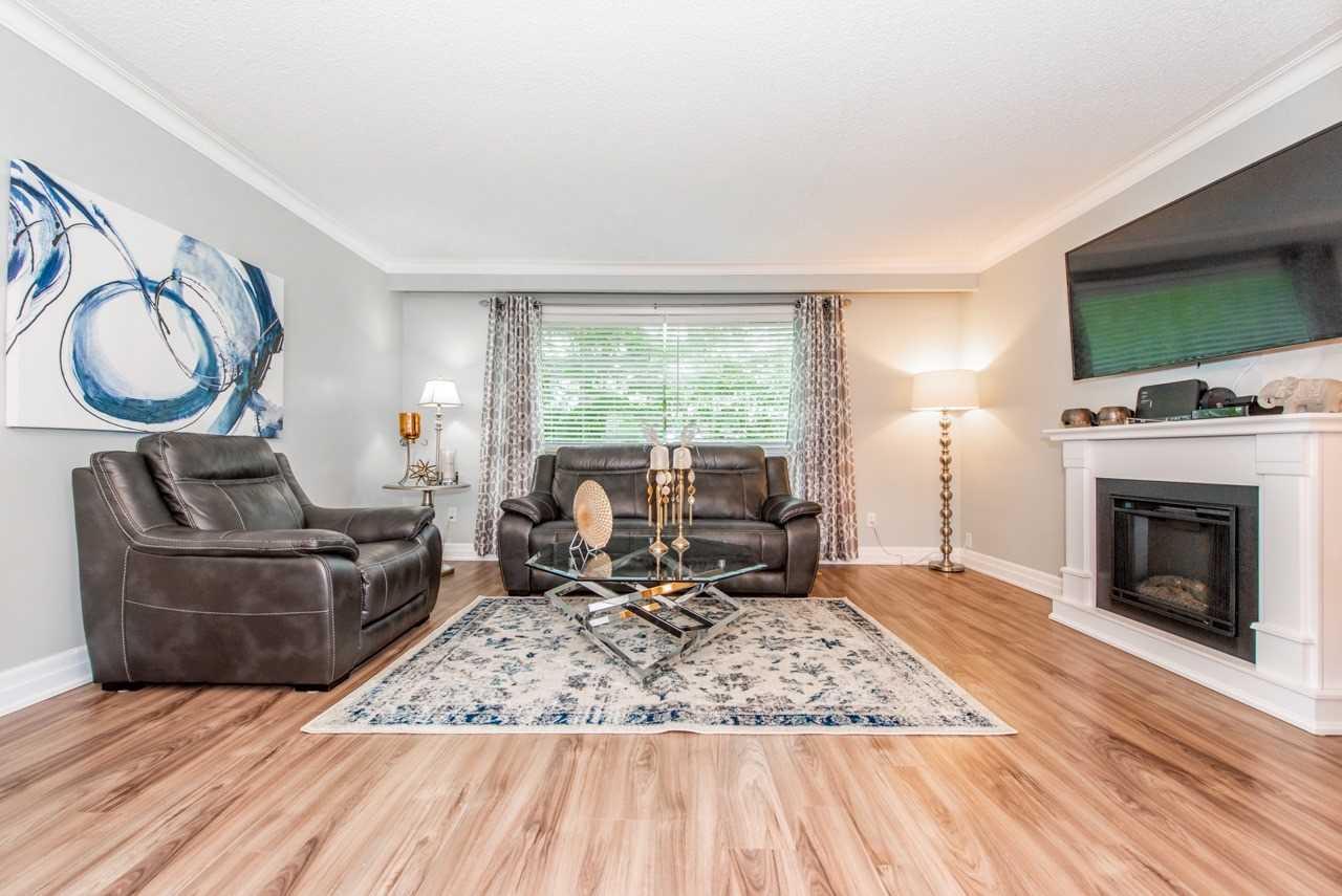 1 Stanwood Cres, Toronto W4574352