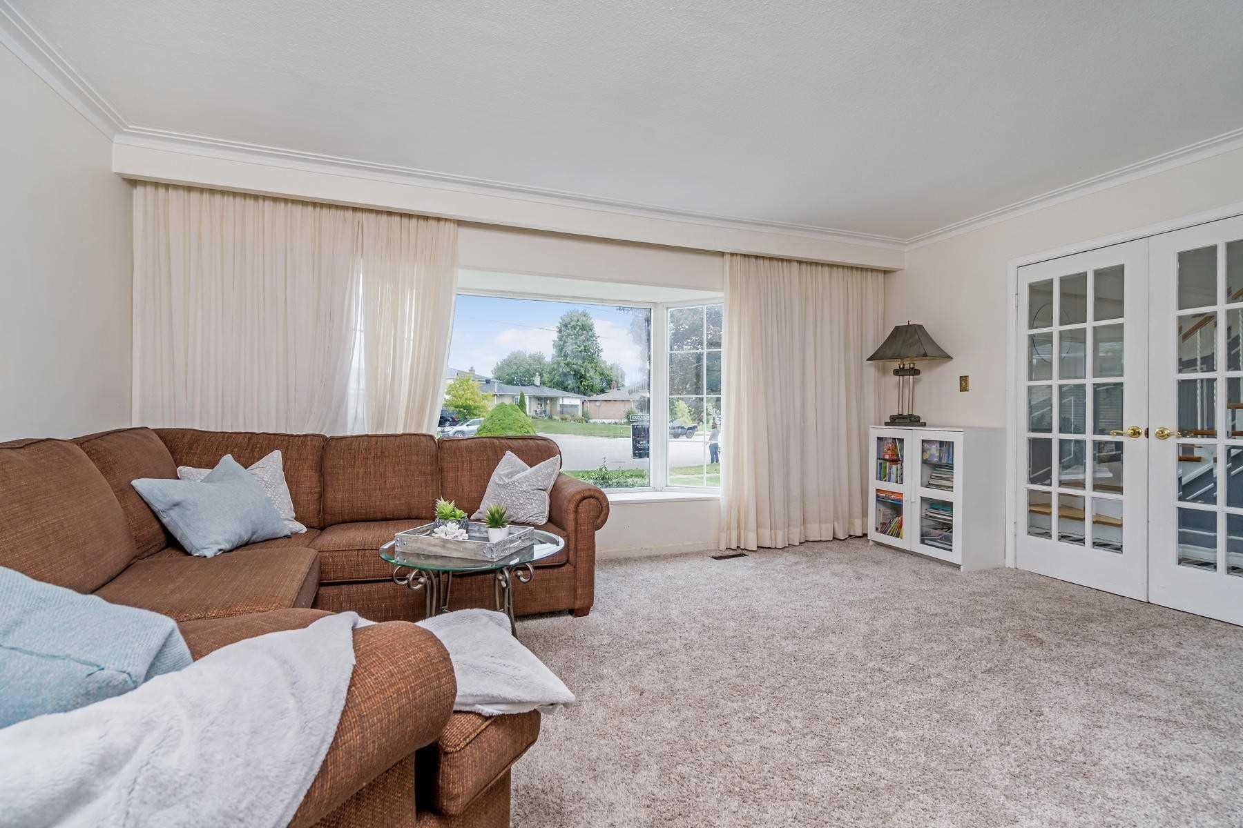 17 Lucinda Pl, Halton Hills W4575142
