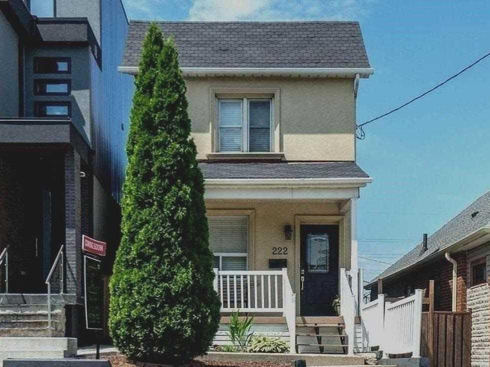 222 Gilbert Ave, Toronto W4577968