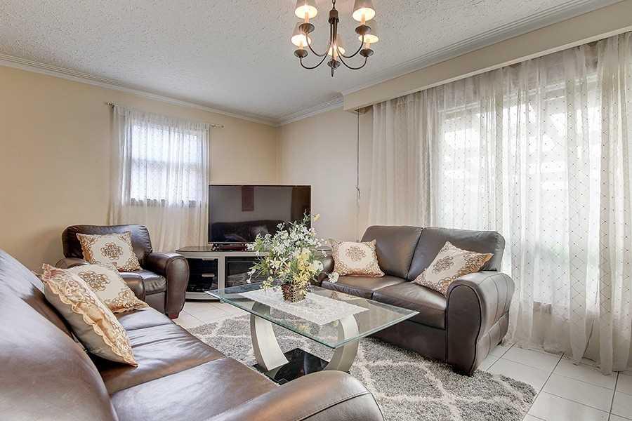 55 Whitburn Cres, Toronto W4585146
