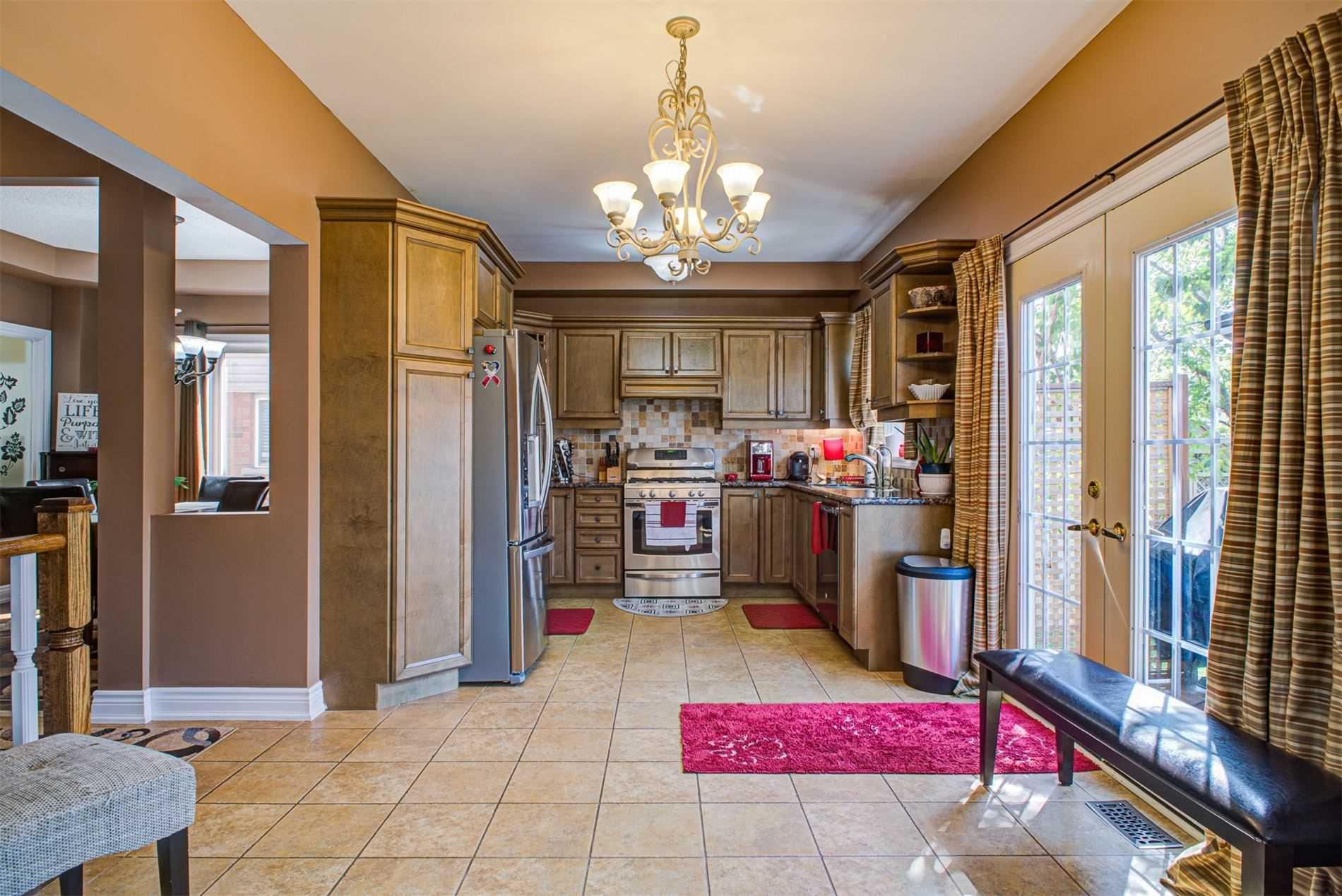 160 Acton Blvd, Halton Hills W4585654
