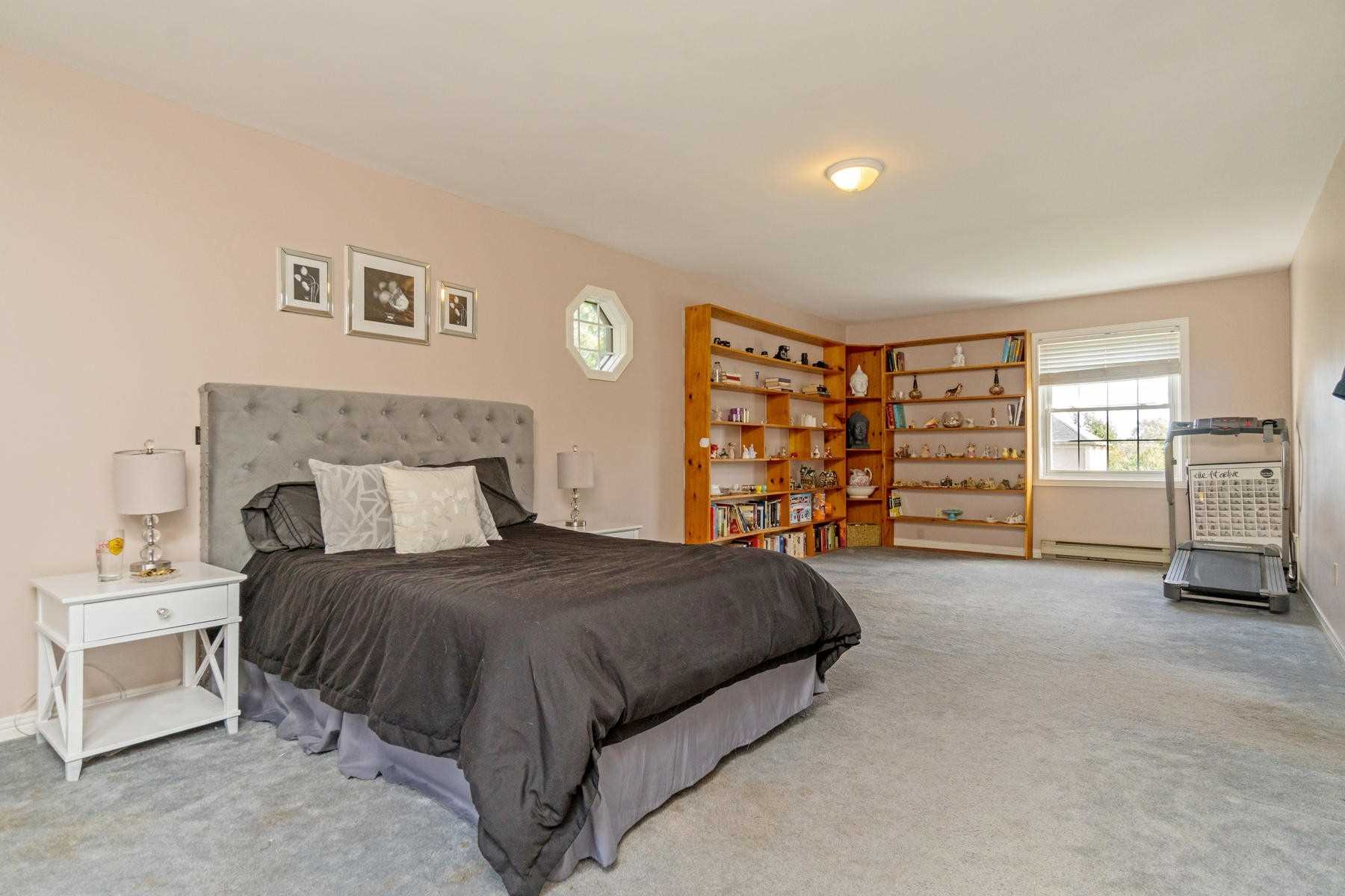 24 Ann St, Halton Hills W4591235