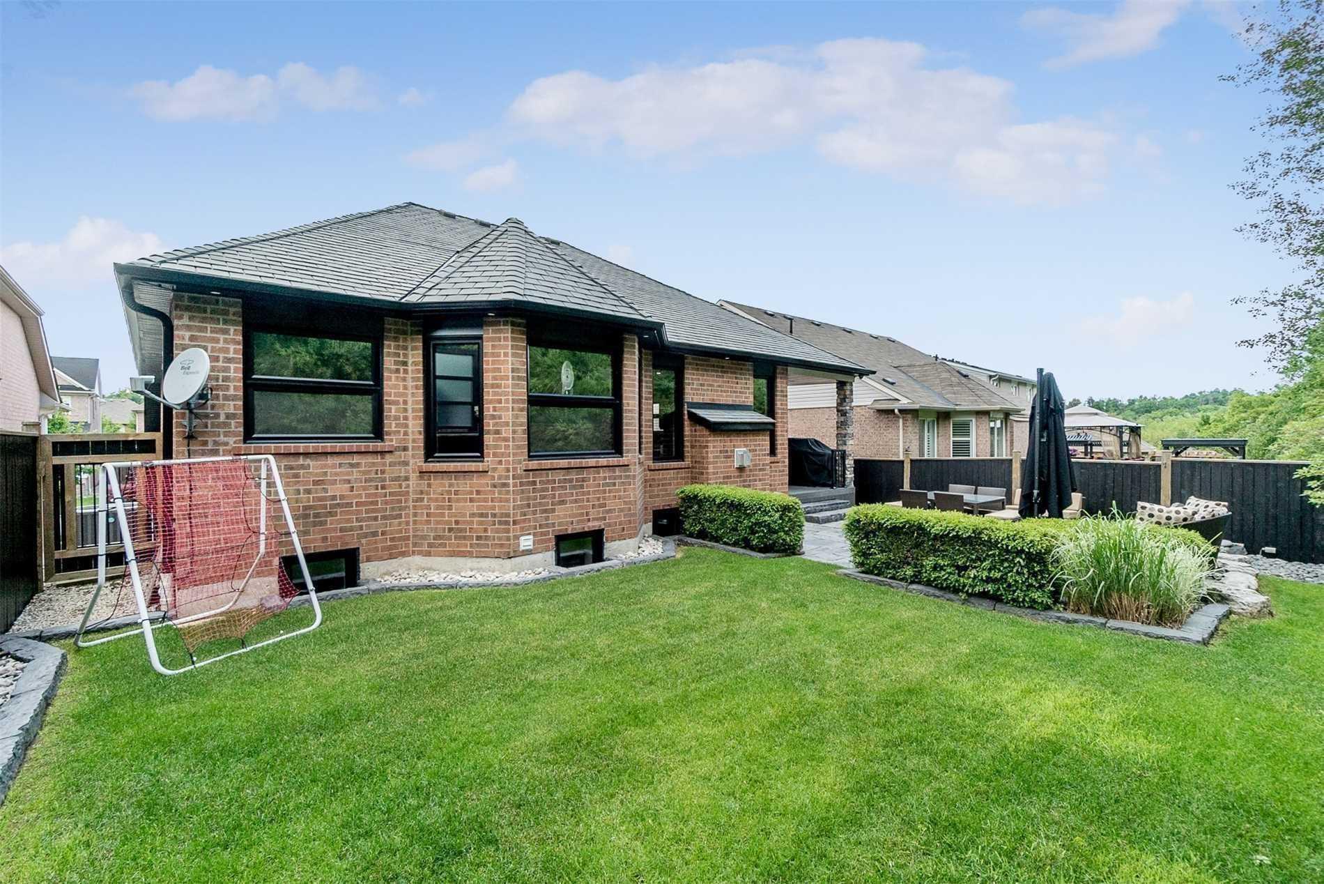 16 Arborglen Dr, Halton Hills W4591315