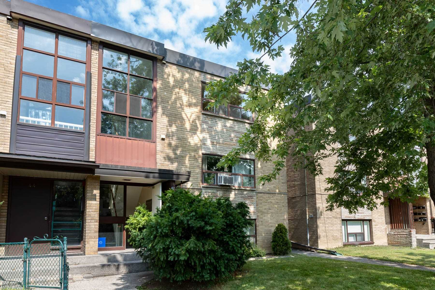 42 Cavell Ave, Toronto W4592679