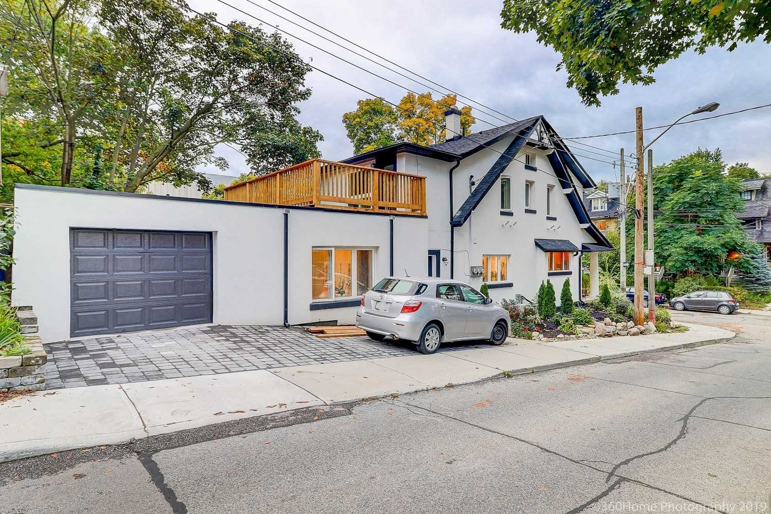 163 Indian Grve, Toronto W4593551
