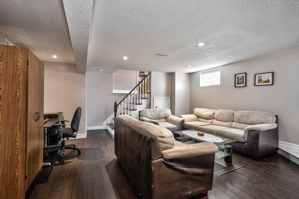 3310 Ivernia Rd, Mississauga W4596834