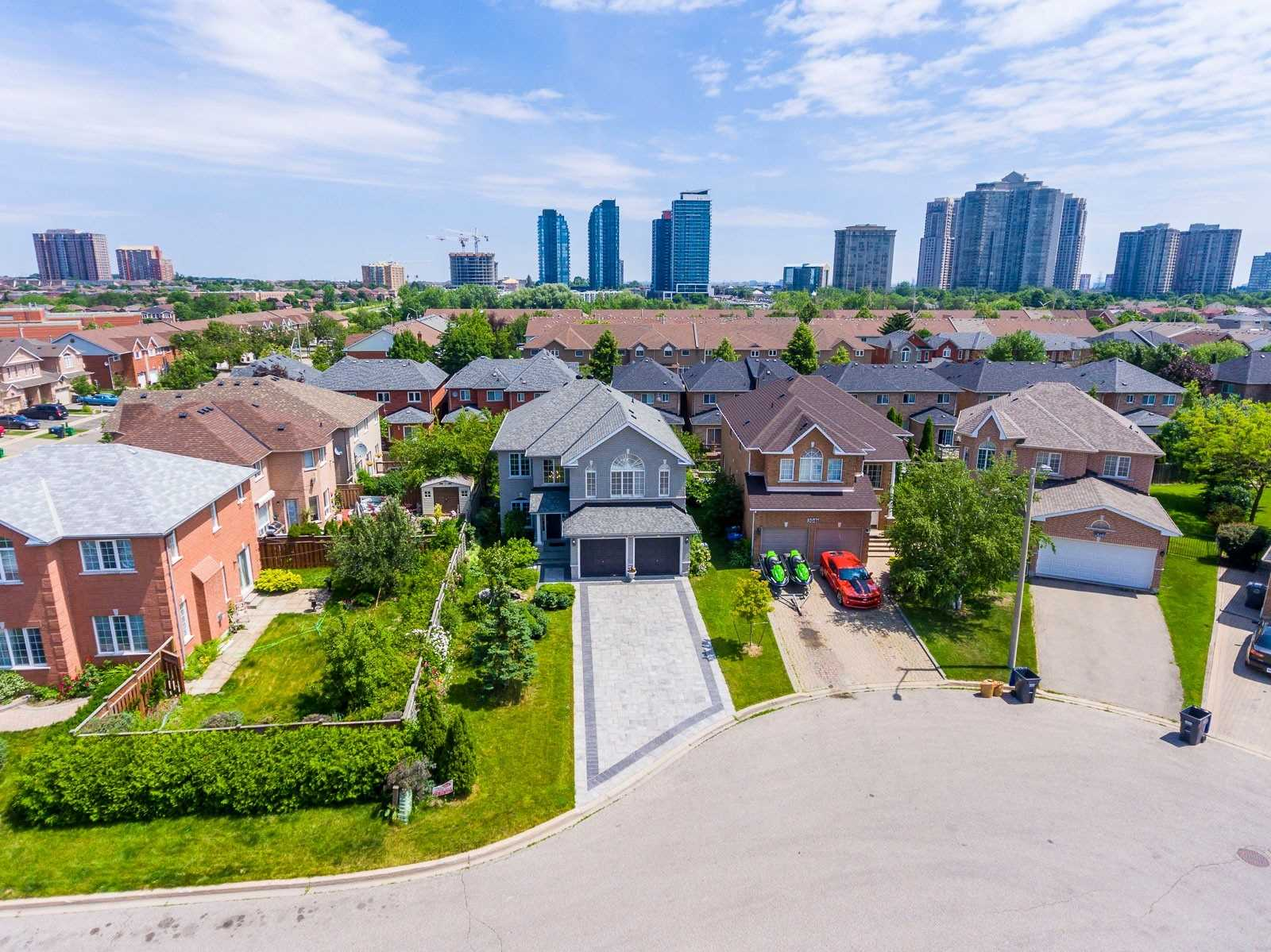 5045 Scotney Crt, Mississauga W4597566