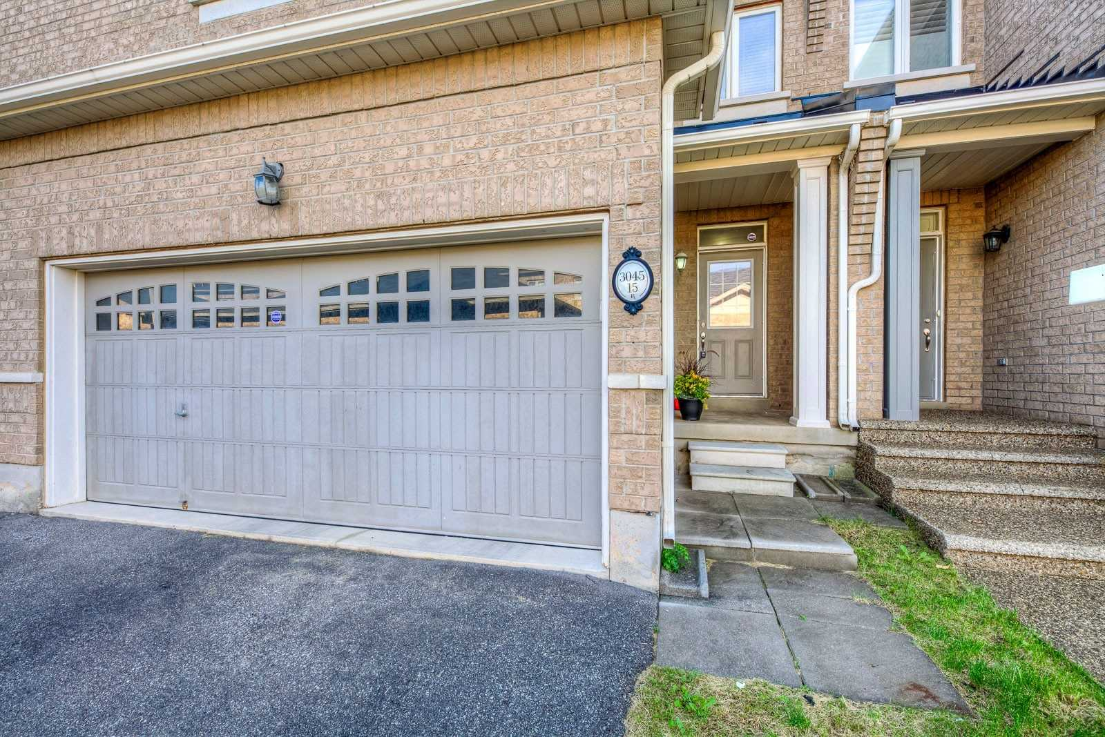 3045 Gladeside Ave, Oakville W4597882