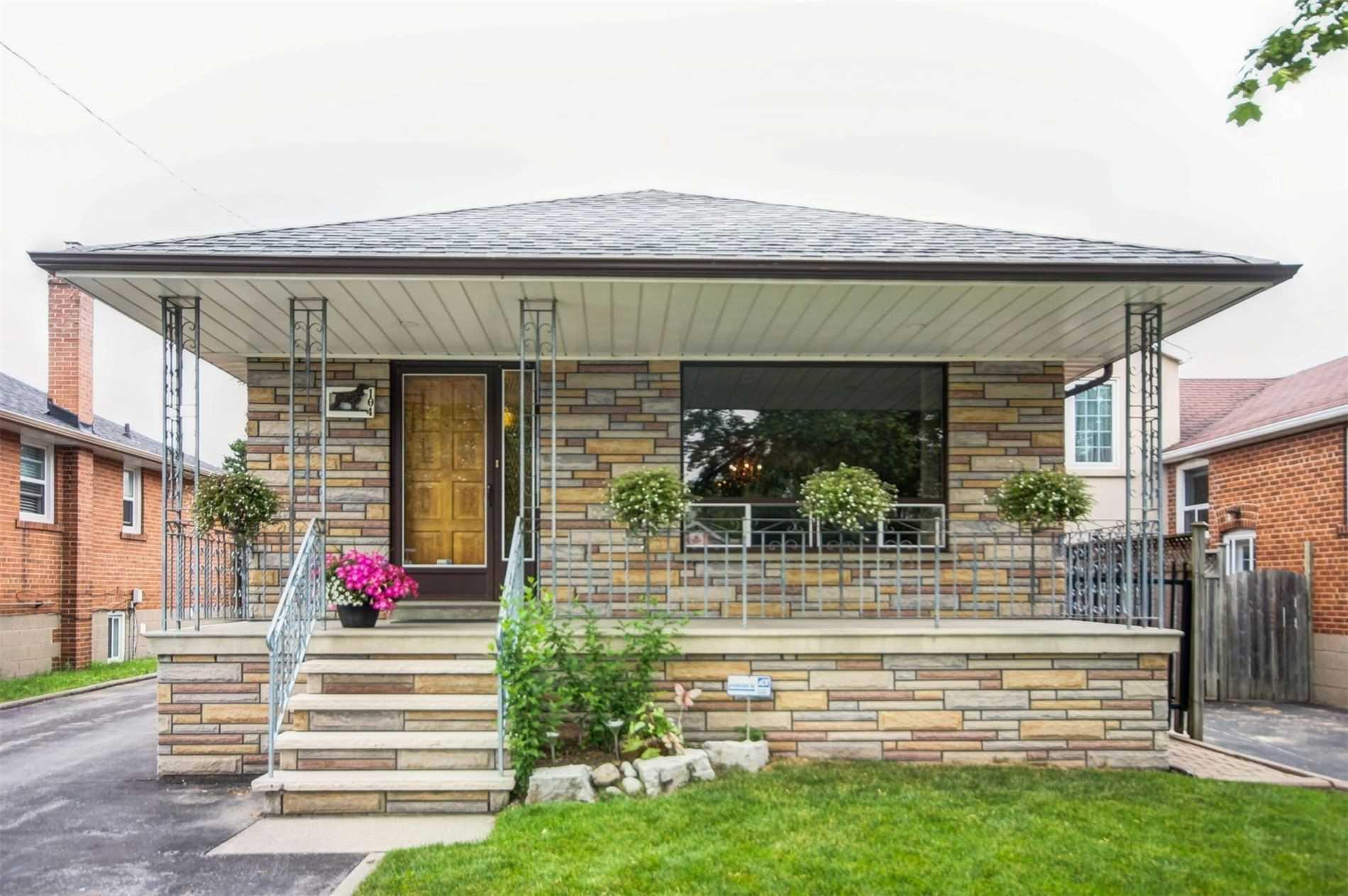 104 Nordin Ave, Toronto W4598416