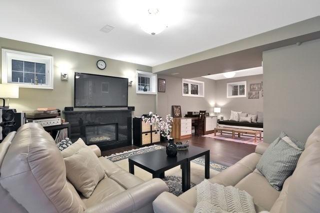 79 Nova Scotia Rd, Brampton W4599028