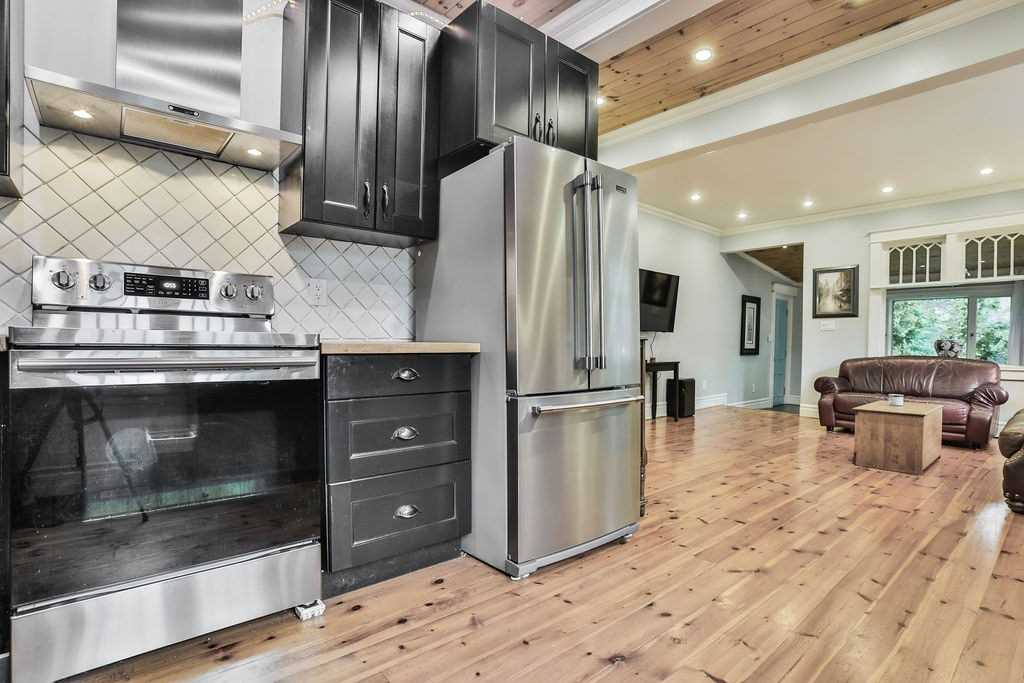 23+25 Peter St, Mississauga W4599290