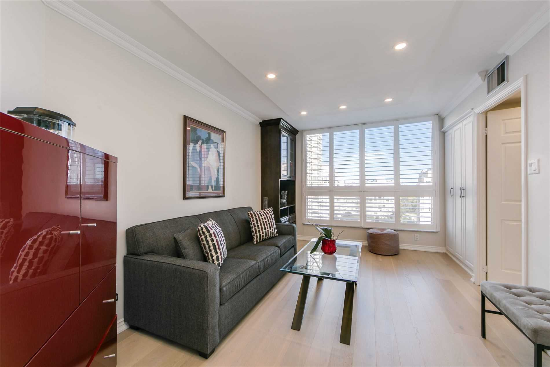 #1013 - 2285 Lake Shore Blvd W, Toronto W4600326