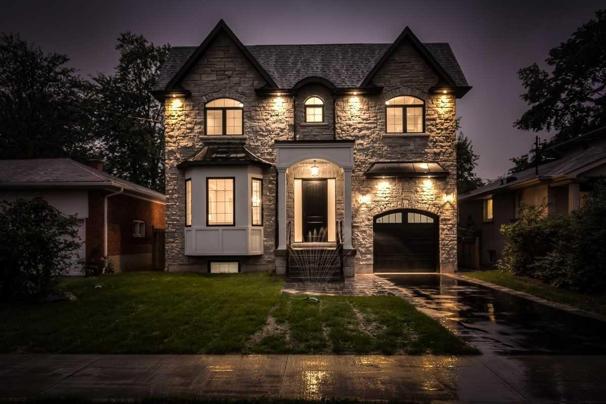 14 Stockbridge Ave, Toronto W4601361