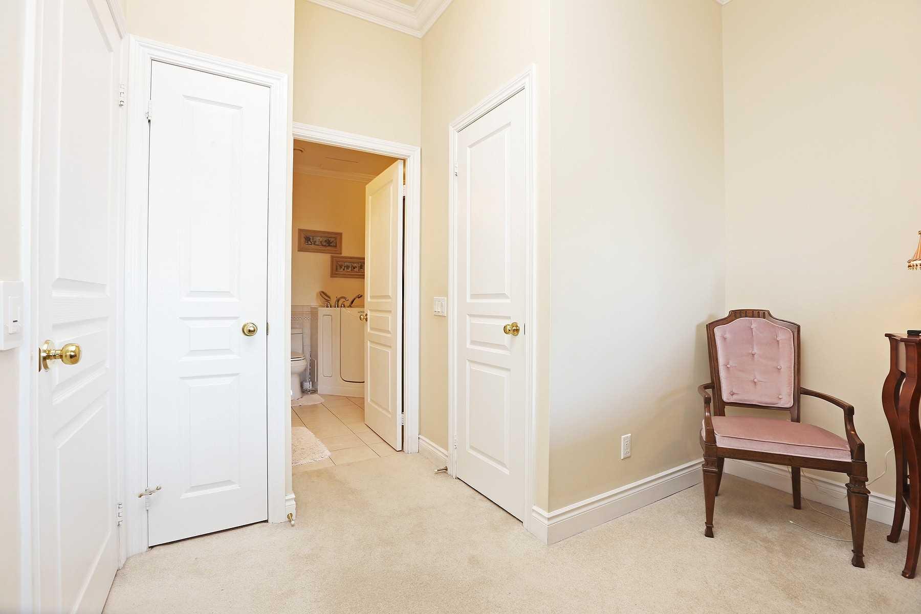 #1003 - 1 Belvedere Crt, Brampton W4603112