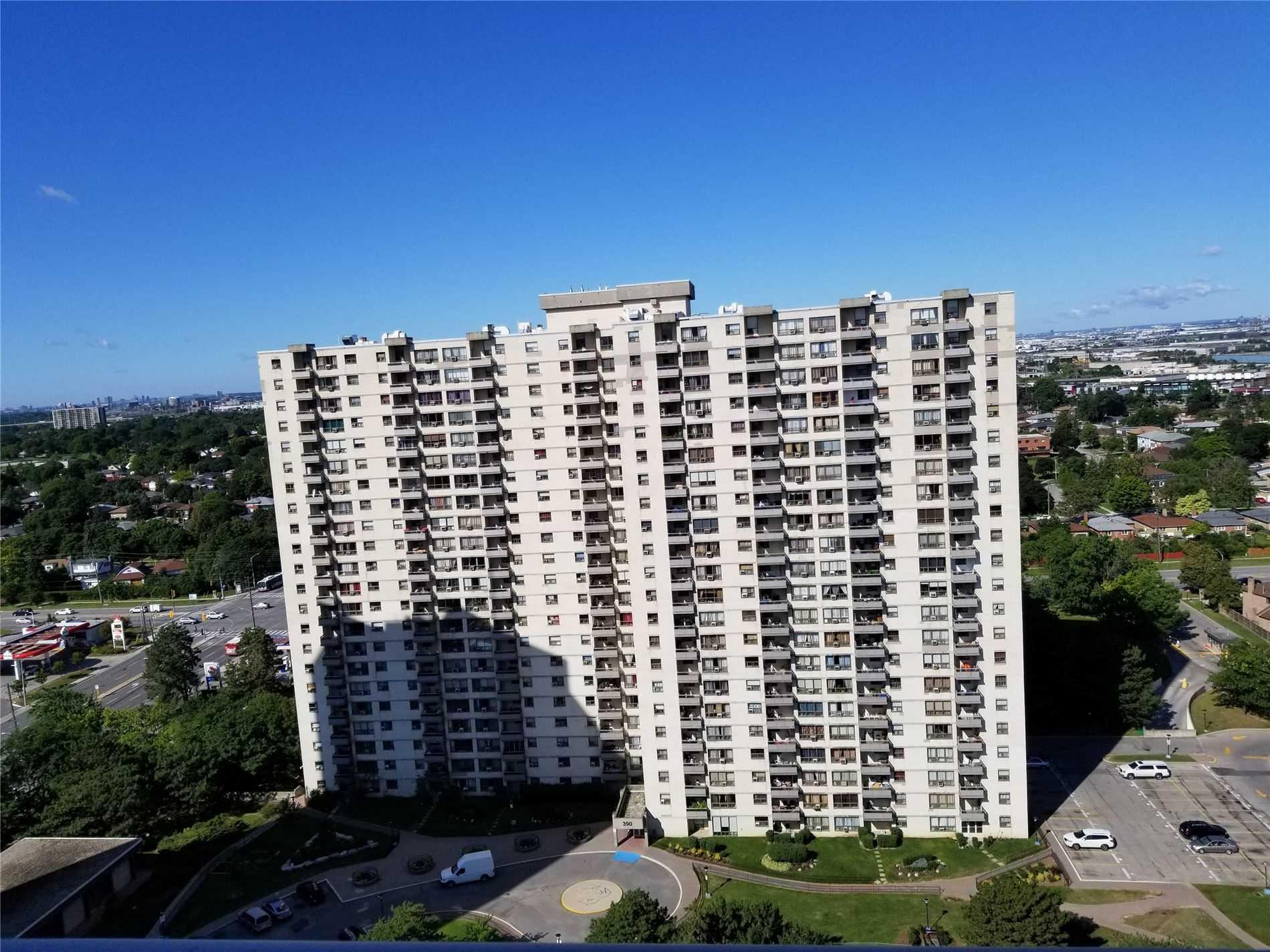 #612 - 390 Dixon Rd, Toronto W4605949
