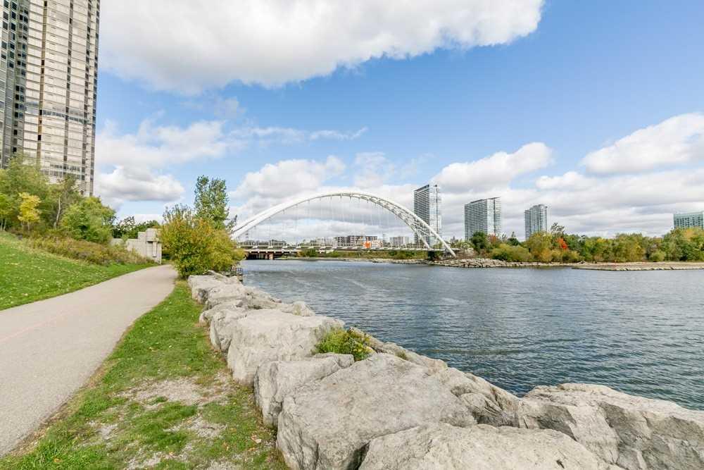 #2209 - 2045 Lake Shore Blvd W, Toronto W4608400
