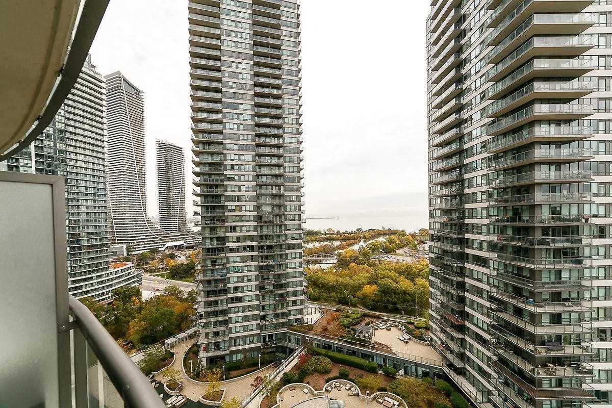 #1608 - 15 Legion Rd, Toronto W4618024