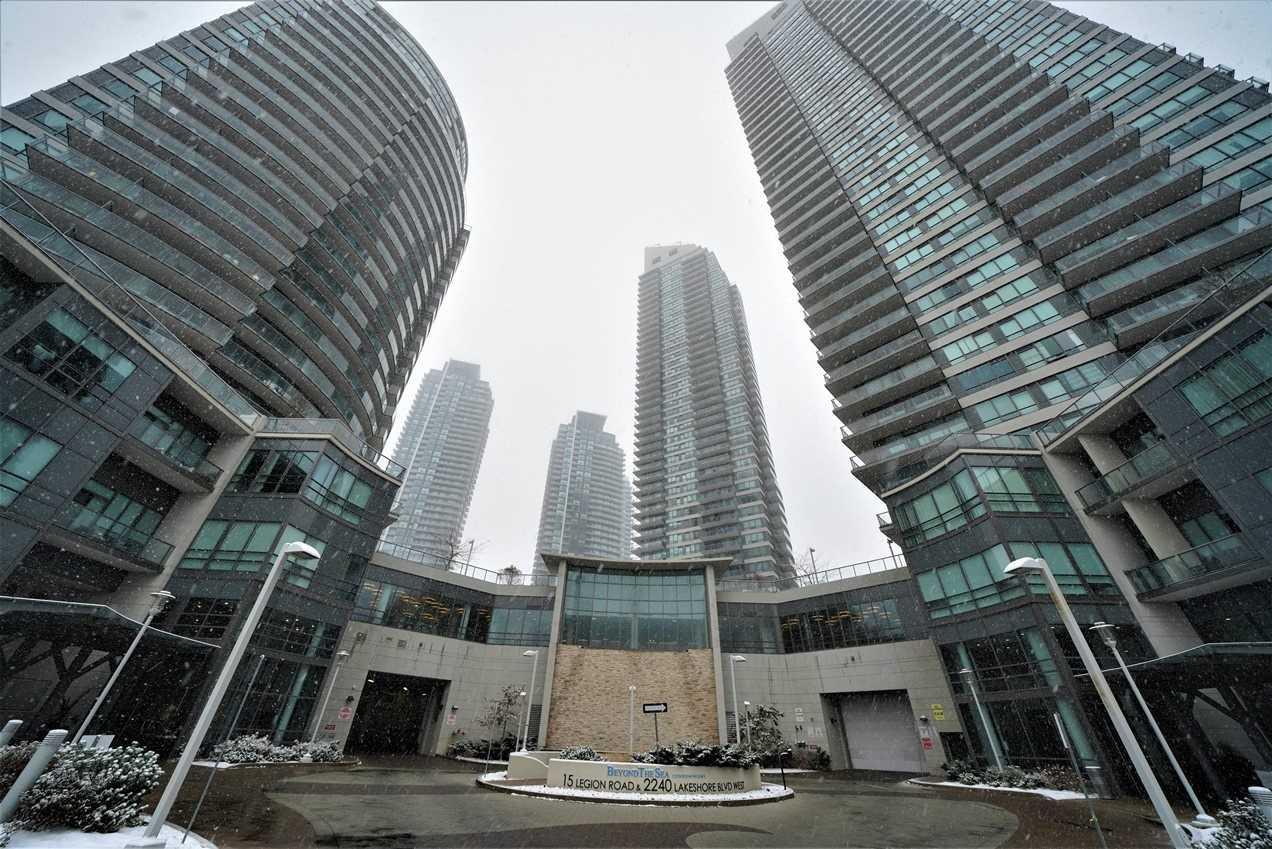 #2305 - 2240 Lake Shore West Blvd, Toronto W4622109