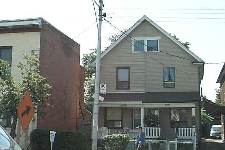 3223 Dundas St W, Toronto W4623779