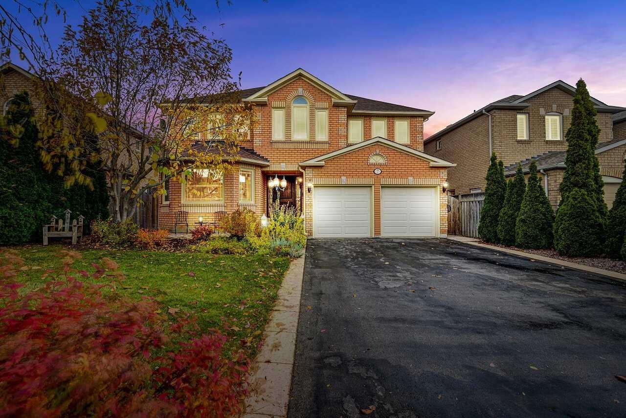 7 Split Maple Lane, Halton Hills W4625932