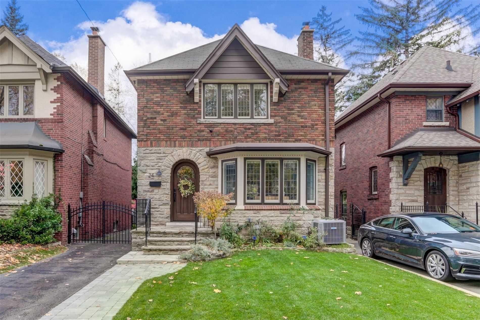 24 Willingdon Blvd, Toronto W4627809