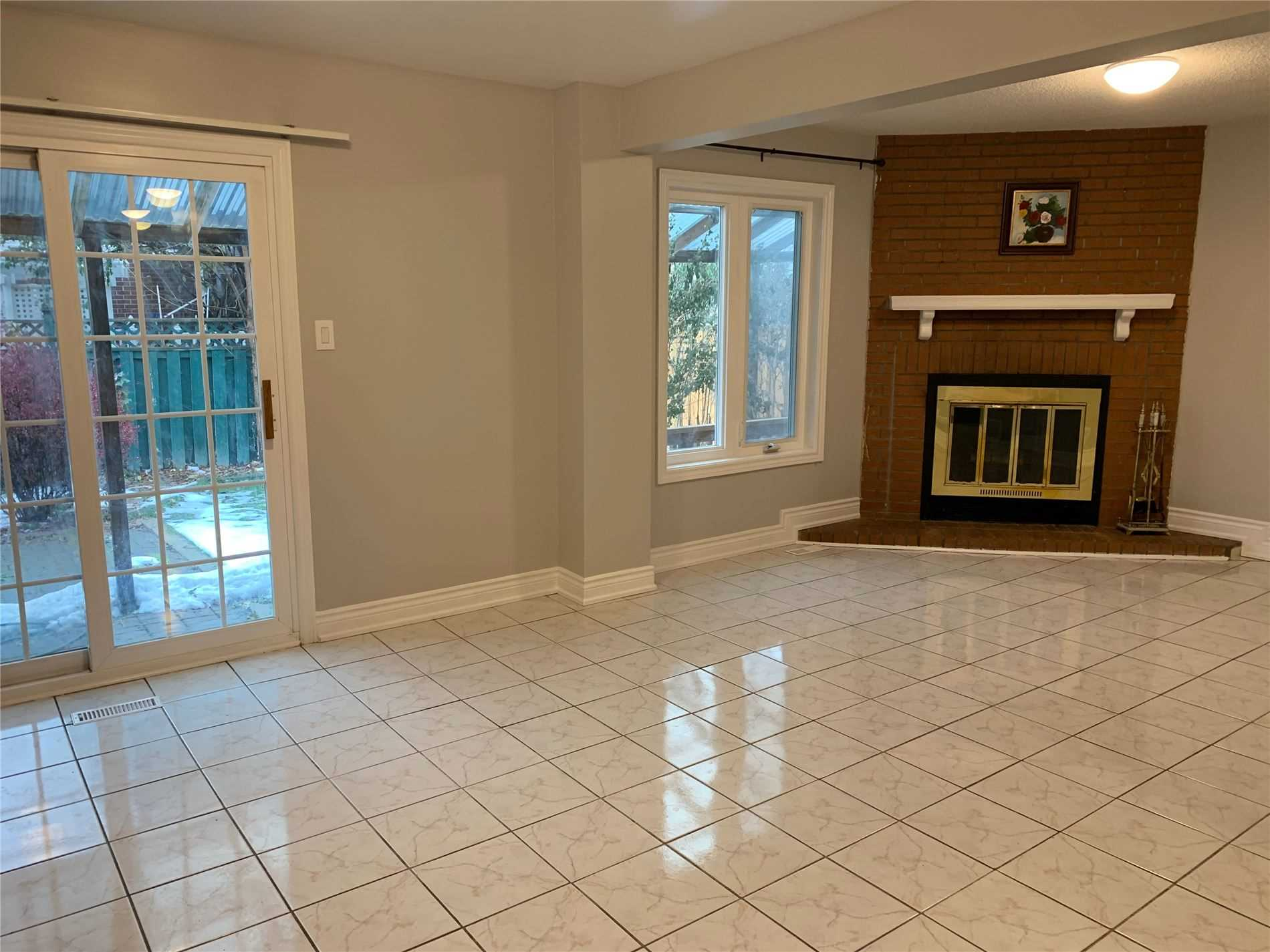 358 Riel Dr, Mississauga W4636309