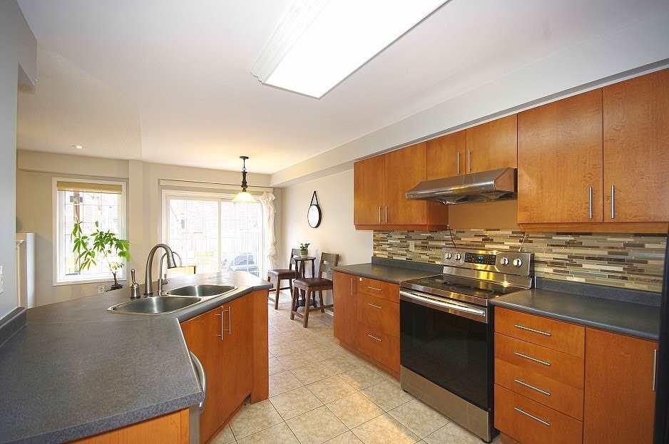 23 Woodcote Cres, Halton Hills W4641451
