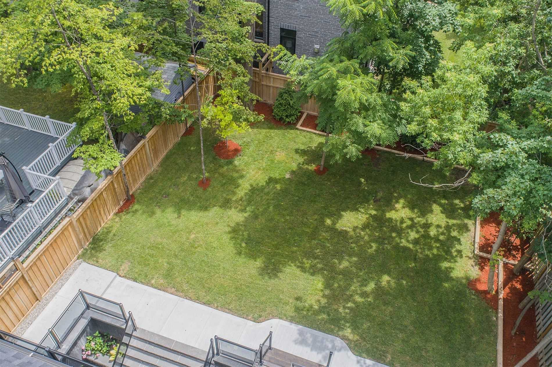 318 Maple Grove Ave, Mississauga W4641565
