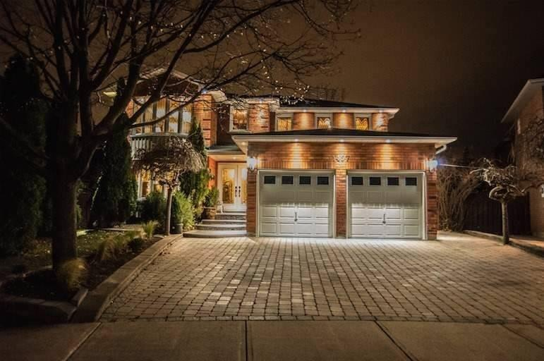 1457 Mayors Manr, Oakville W4644330