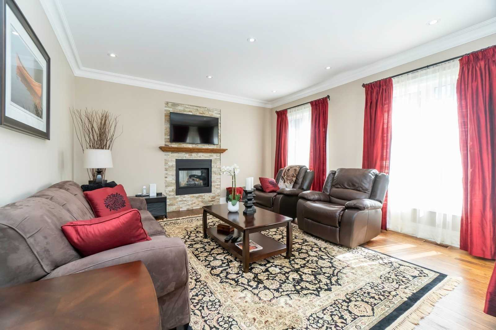 1436 Trotwood Ave, Mississauga W4647249