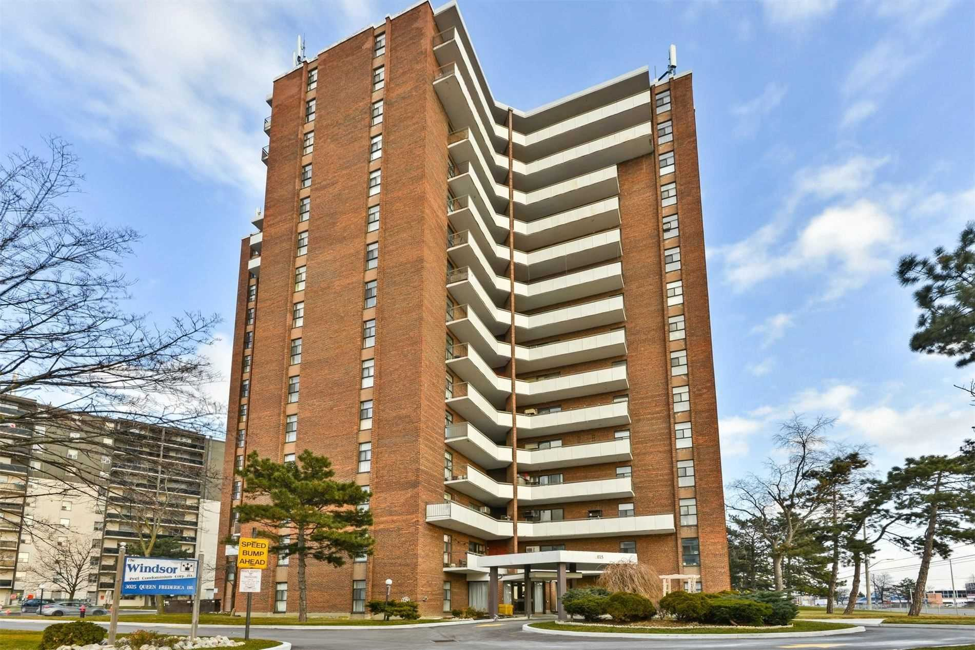 #1108 - 3025 Queen Frederica Dr, Mississauga W4647888