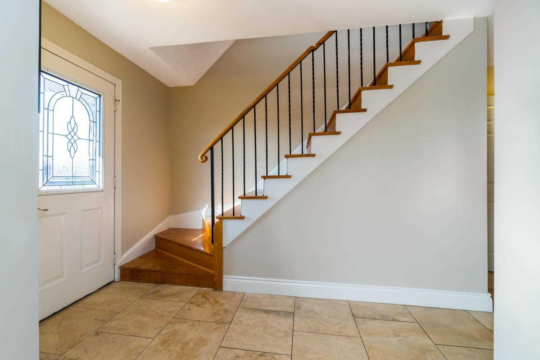 131 Mountainview Rd S, Halton Hills W4657797