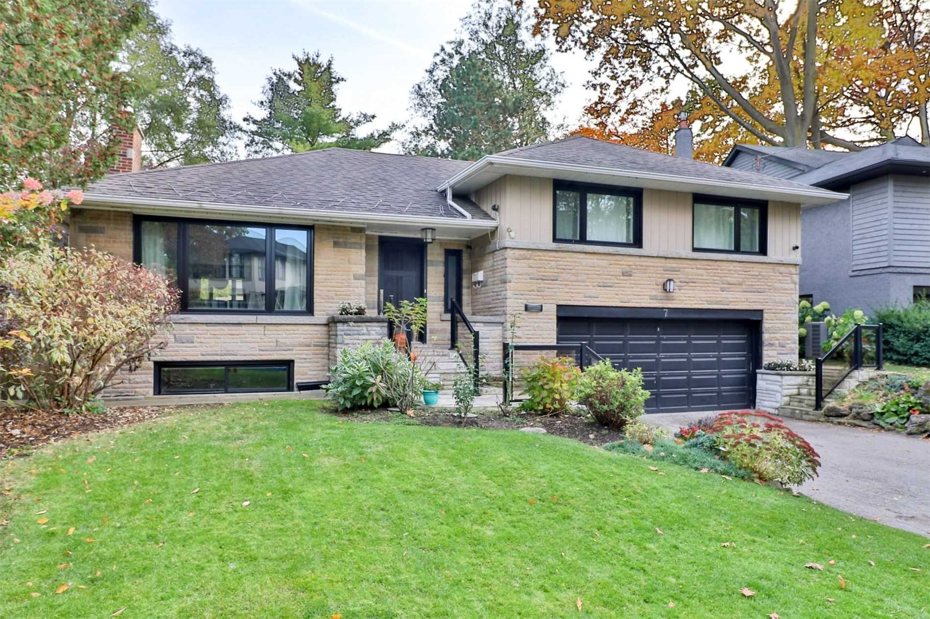 7 Breezewood Dr, Toronto W4659250