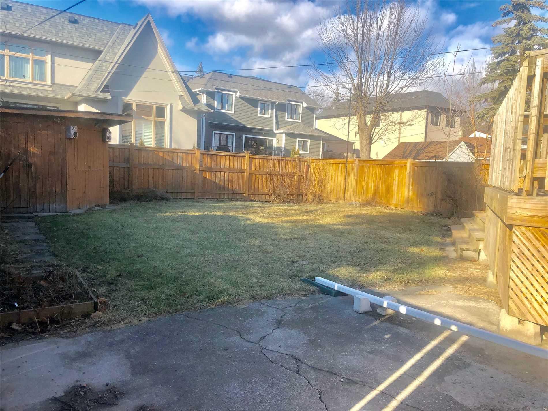 219 Eaglewood Blvd, Mississauga W4660188