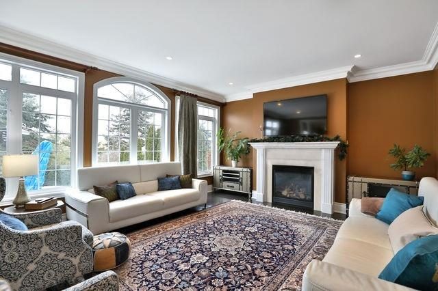 2201 Wuthering Heights Way, Oakville W4661021