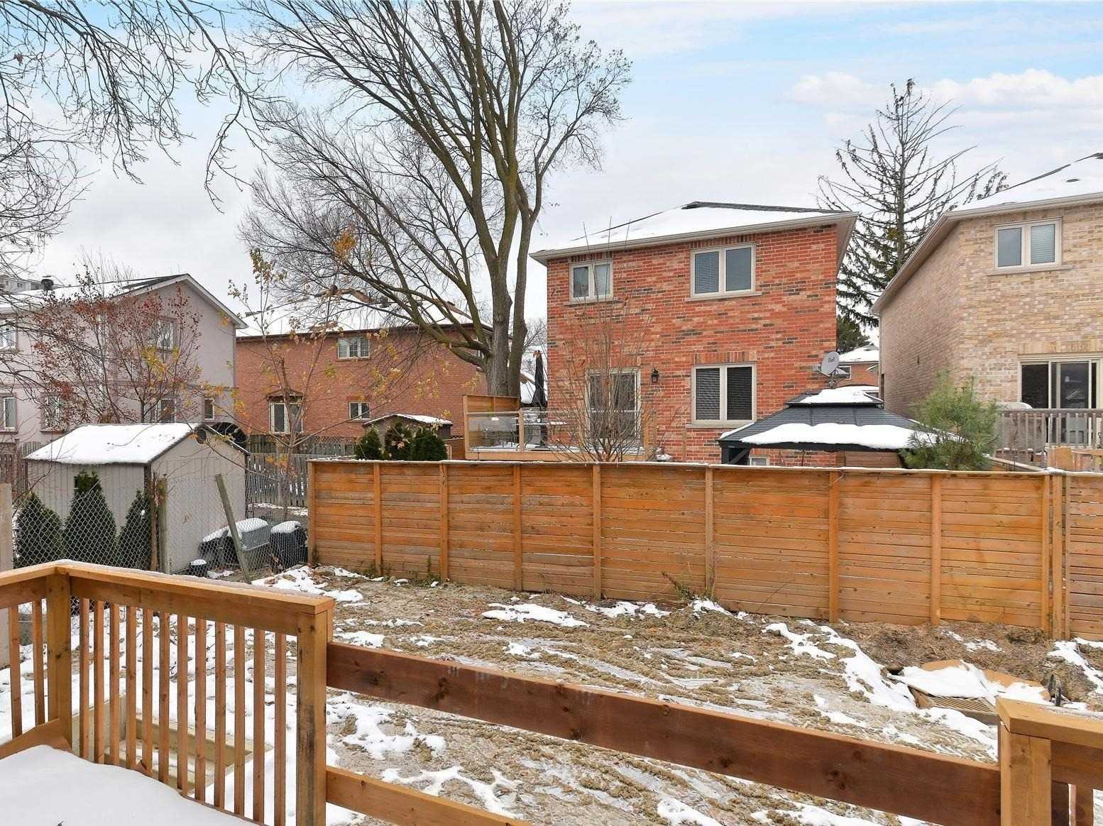 715 Ebony Ave, Mississauga W4661309