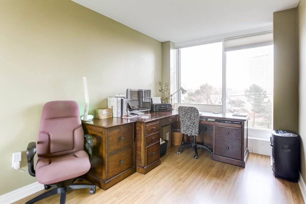 #310 - 2045 Lake Shore Blvd W, Toronto W4662876