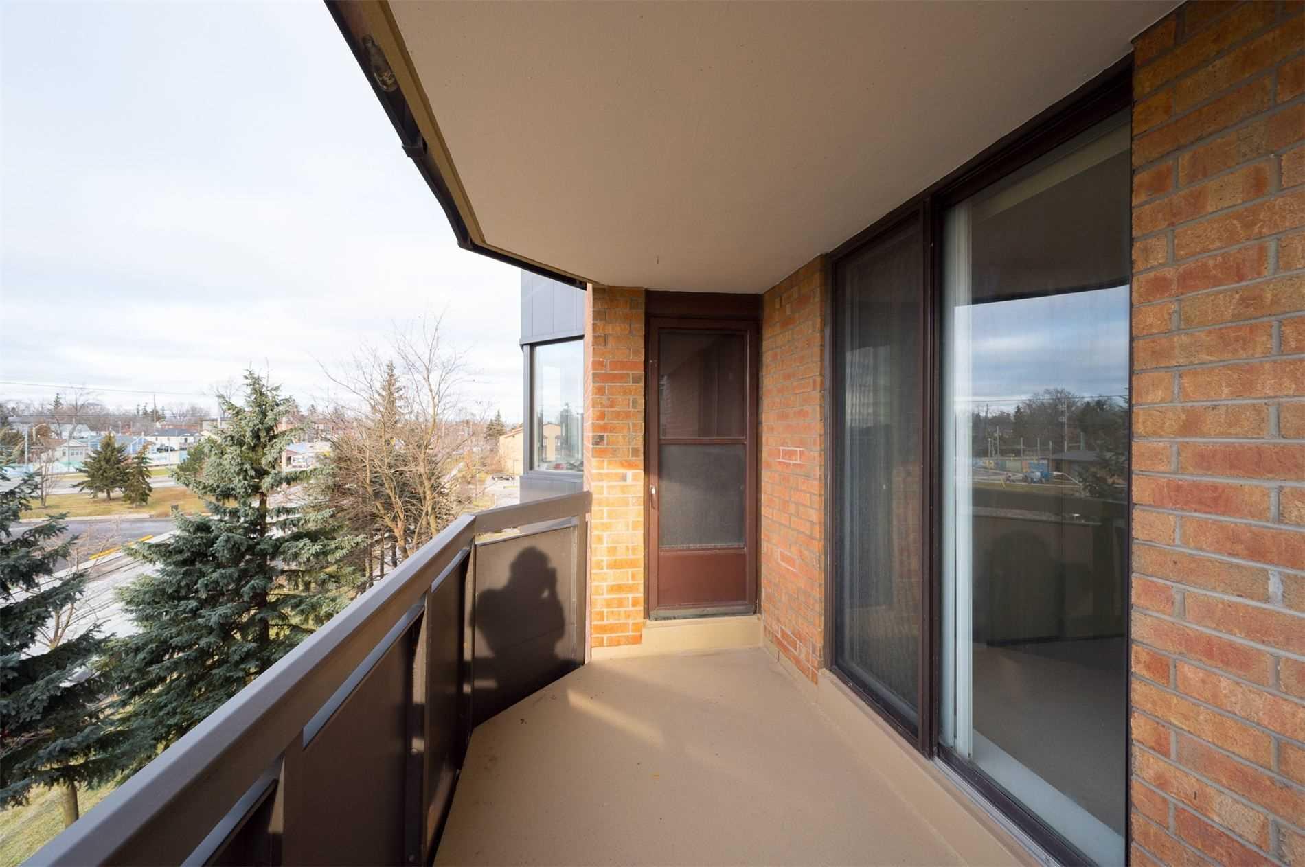 #401 - 3845 Lake Shore Blvd W, Toronto W4667184