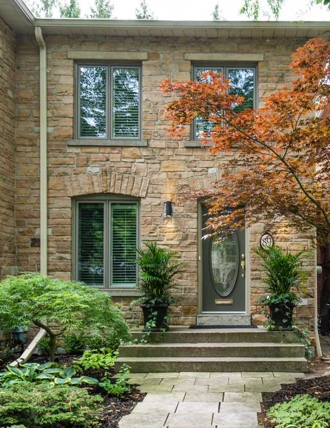 89 Old Mill Rd, Toronto W4667288
