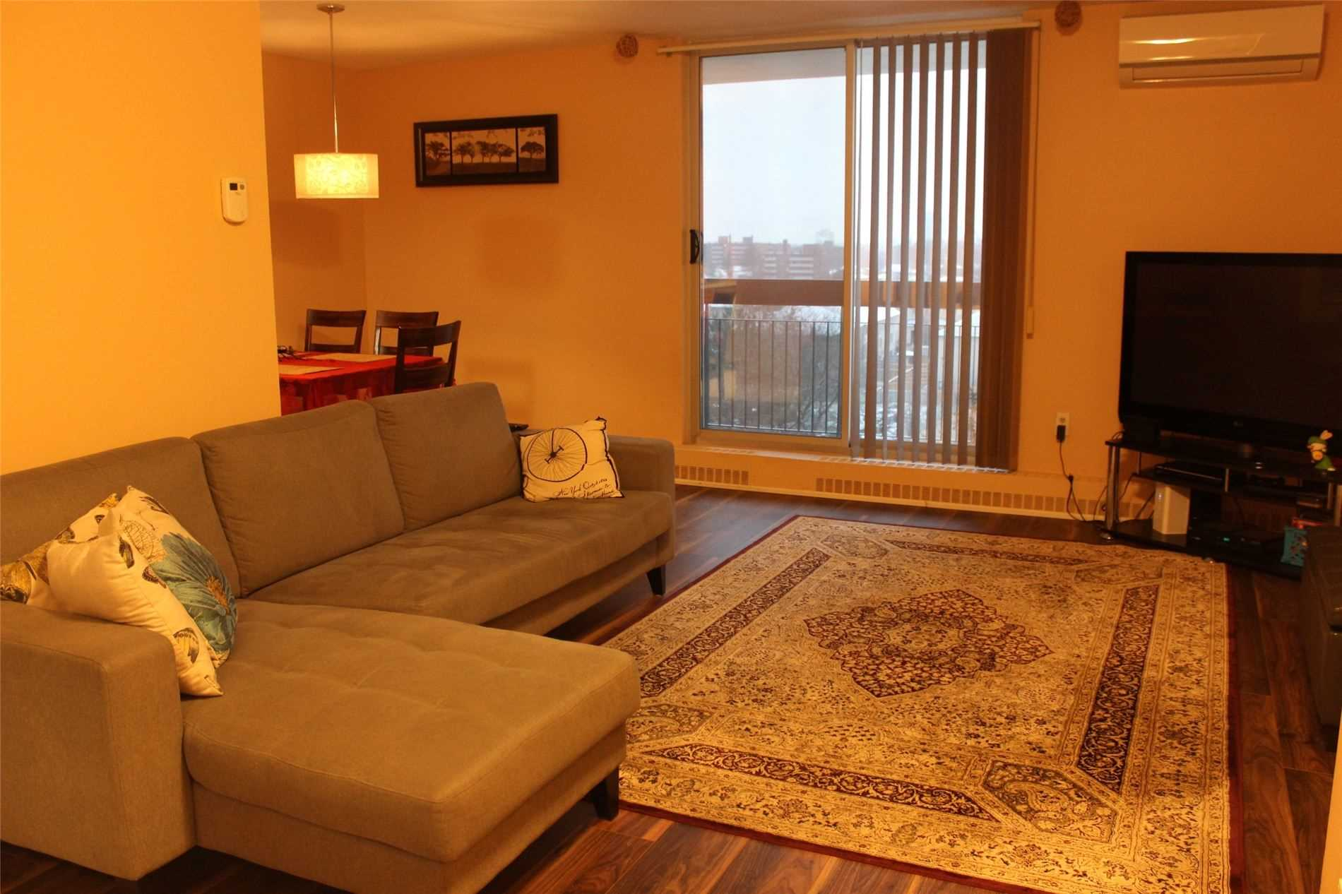 #810 - 1100 Caven St, Mississauga W4667458