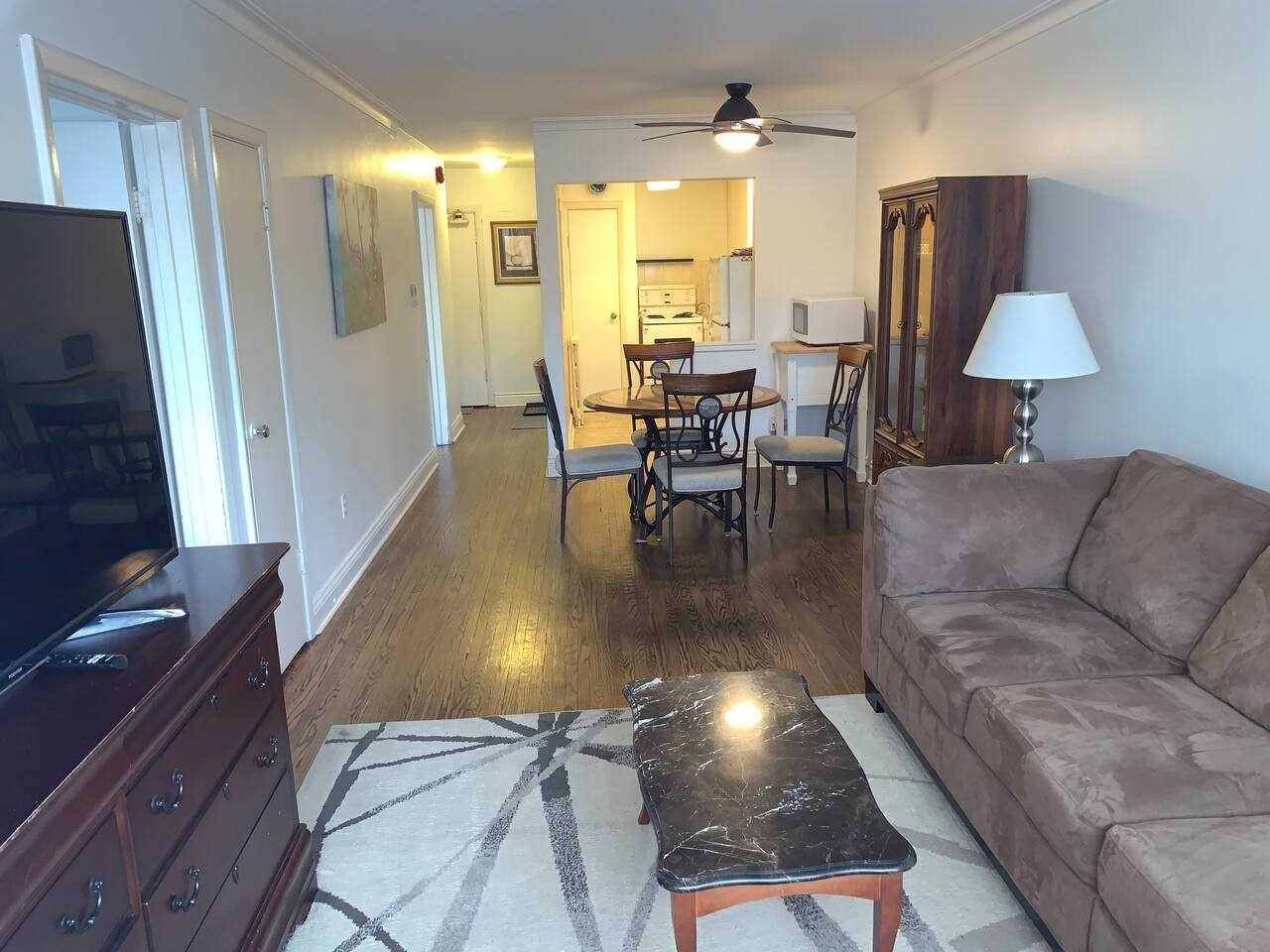 297 Lakeshore Rd E, Mississauga W4670122