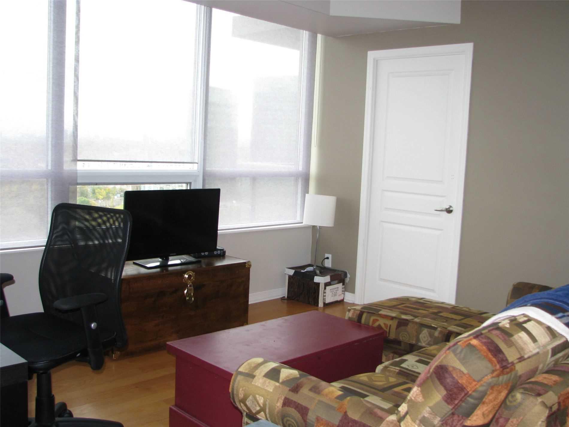 #2002 - 15 Legion Rd, Toronto W4670843