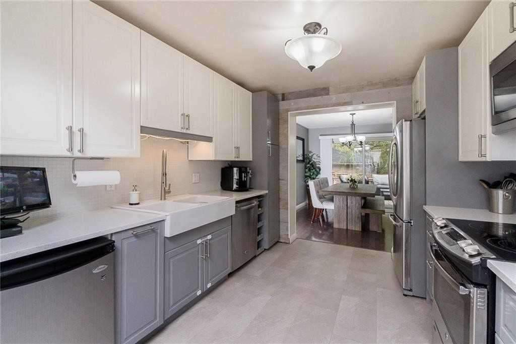 361 Cairncroft Rd, Oakville W4673246